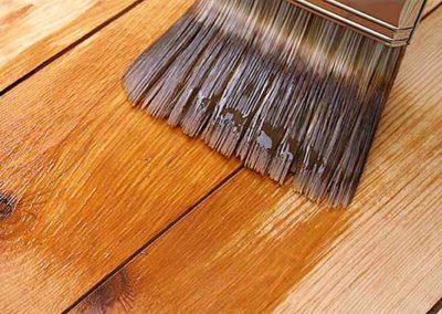 Lakování dřevěných podlah 01
