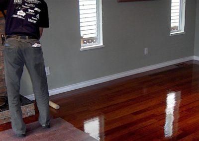 Lakování dřevěných podlah 03