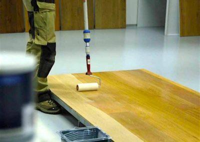 Lakování dřevěných podlah 04