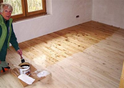 Olejování a voskování podlah 01